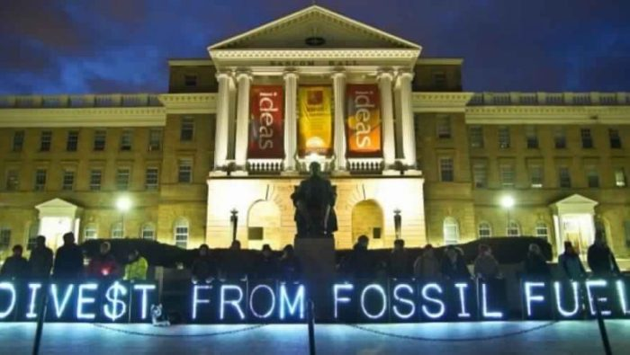 ireland-divests-from-fossil-fuels-788x445